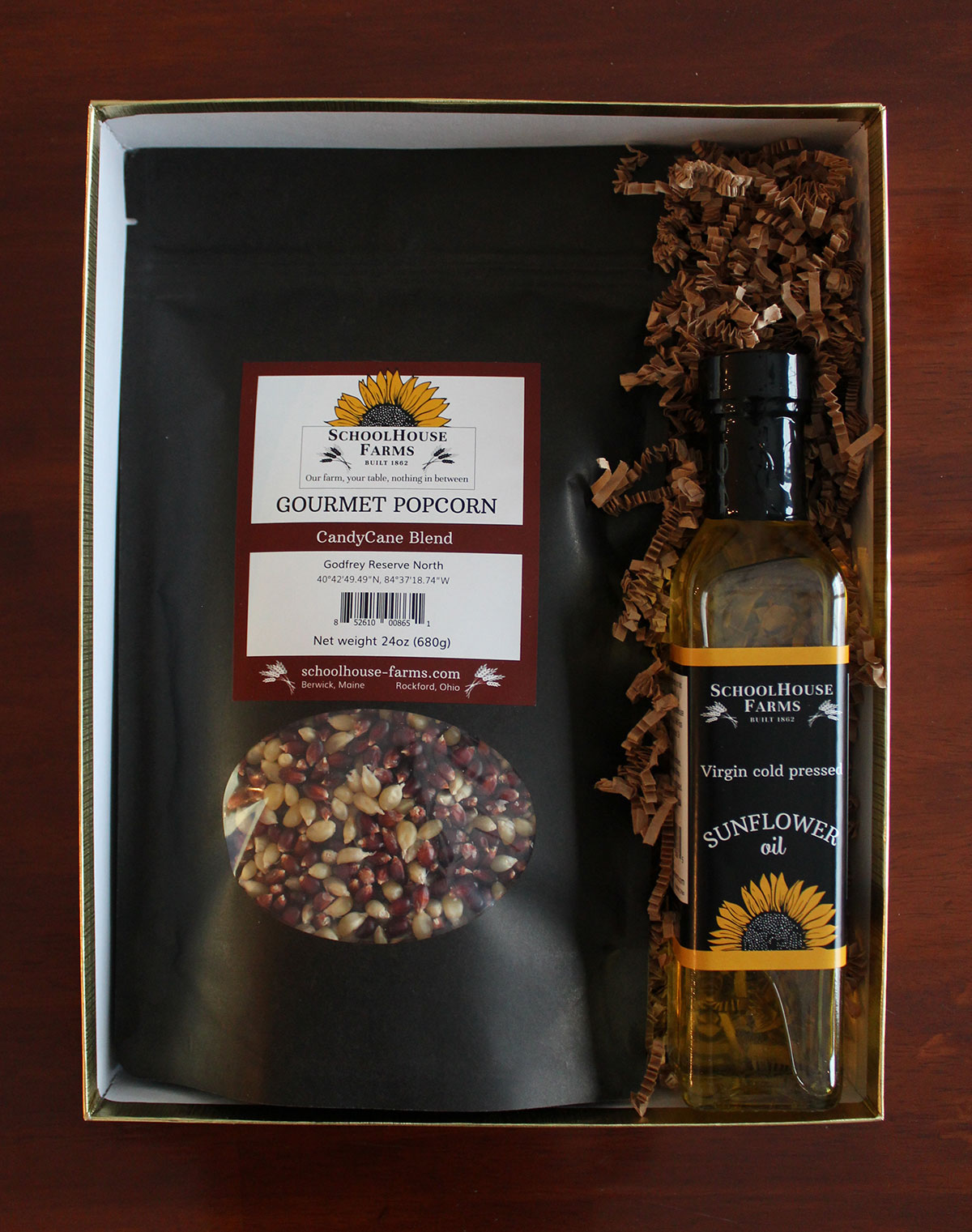 Candycane popcorn and oil gift box 1200